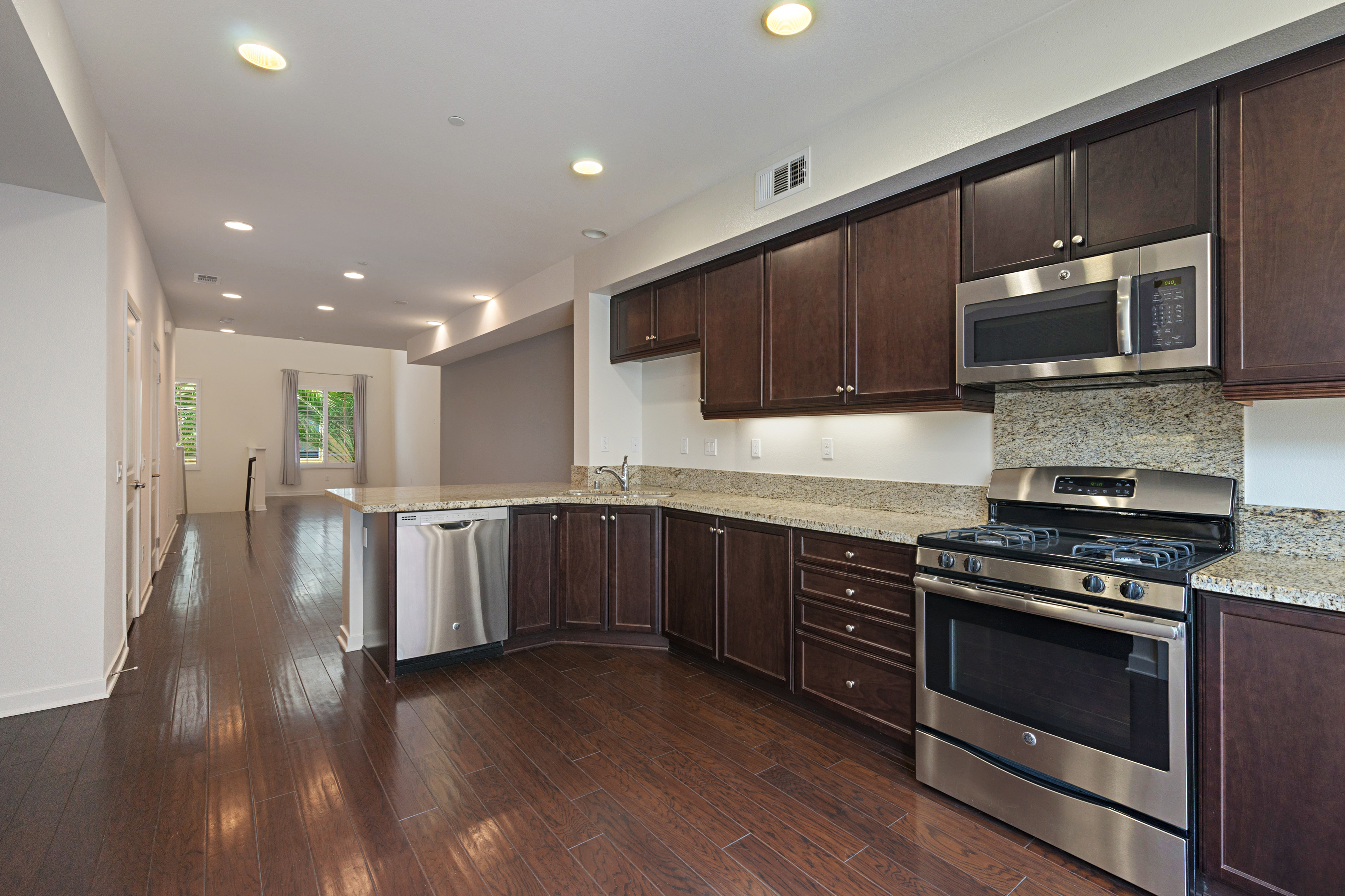 Central Park West Featured Properties The Souss 233 Group